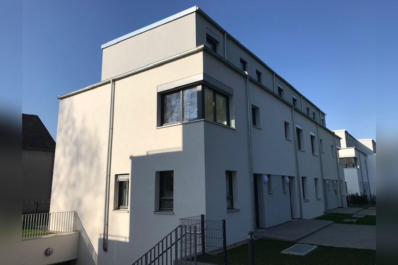 Immobilie Nr.BÖ-02; - BÖ-02; Reihenendhaus mit Garten; Dachterrasse + 2 TG-Stellplätze - Bild main.jpg