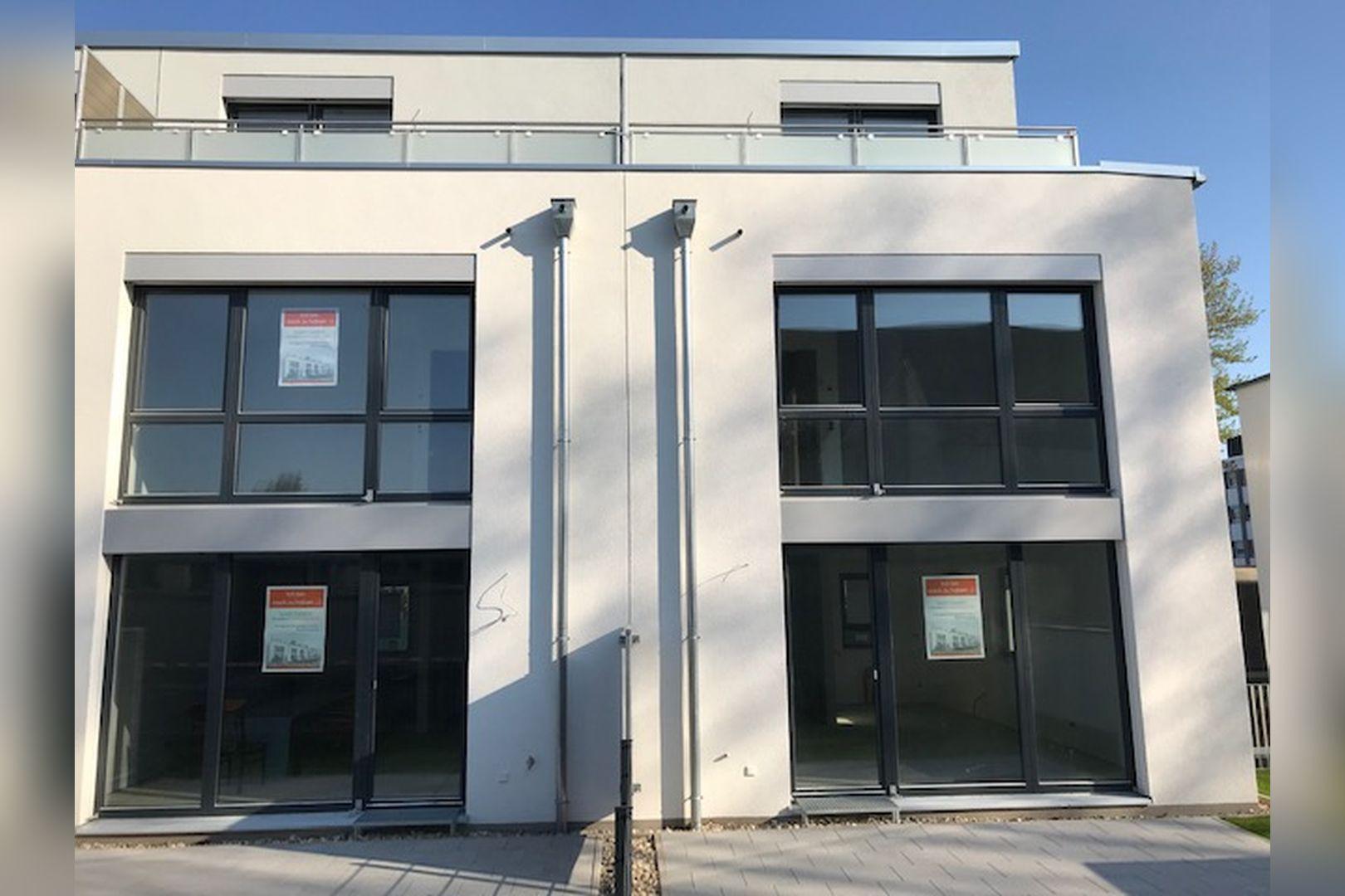 Immobilie Nr.BÖ-03 - BÖ-03;  Reihenmittelhaus mit Garten und Dachterrasse - Bild main.jpg