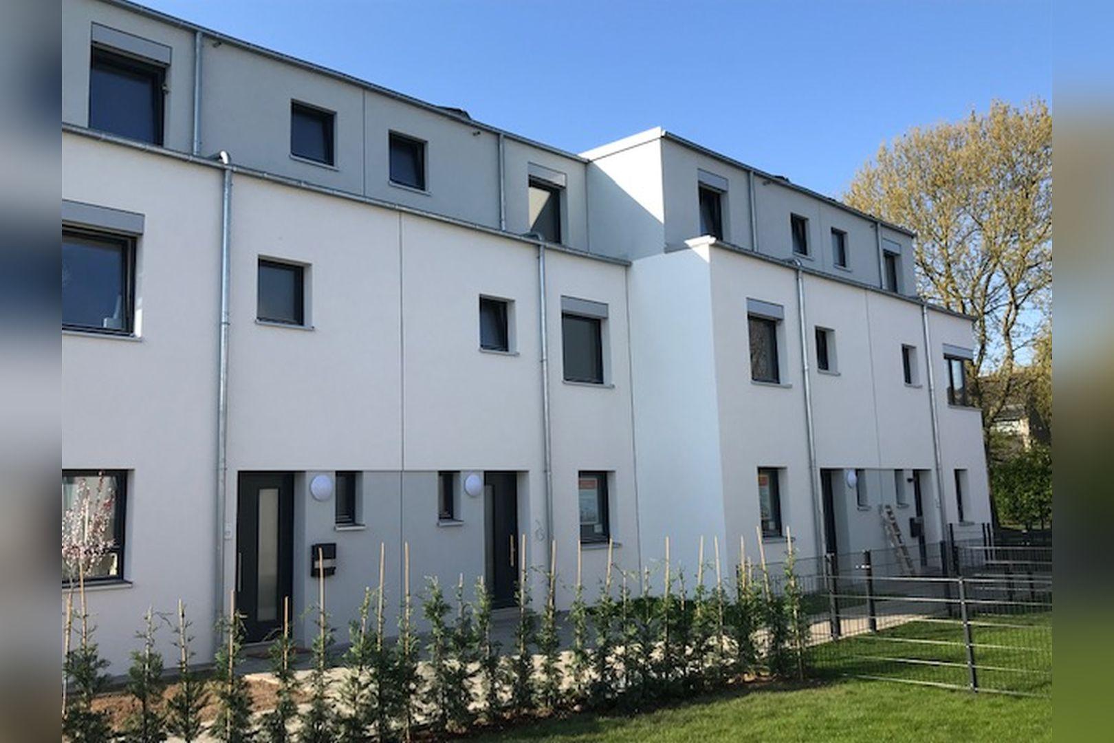 Immobilie Nr.BÖ-11 - BÖ-11; Reihenmittelhaus mit Terrasse, Garten und 2 TG-Stellplätzen - Bild 10.jpg