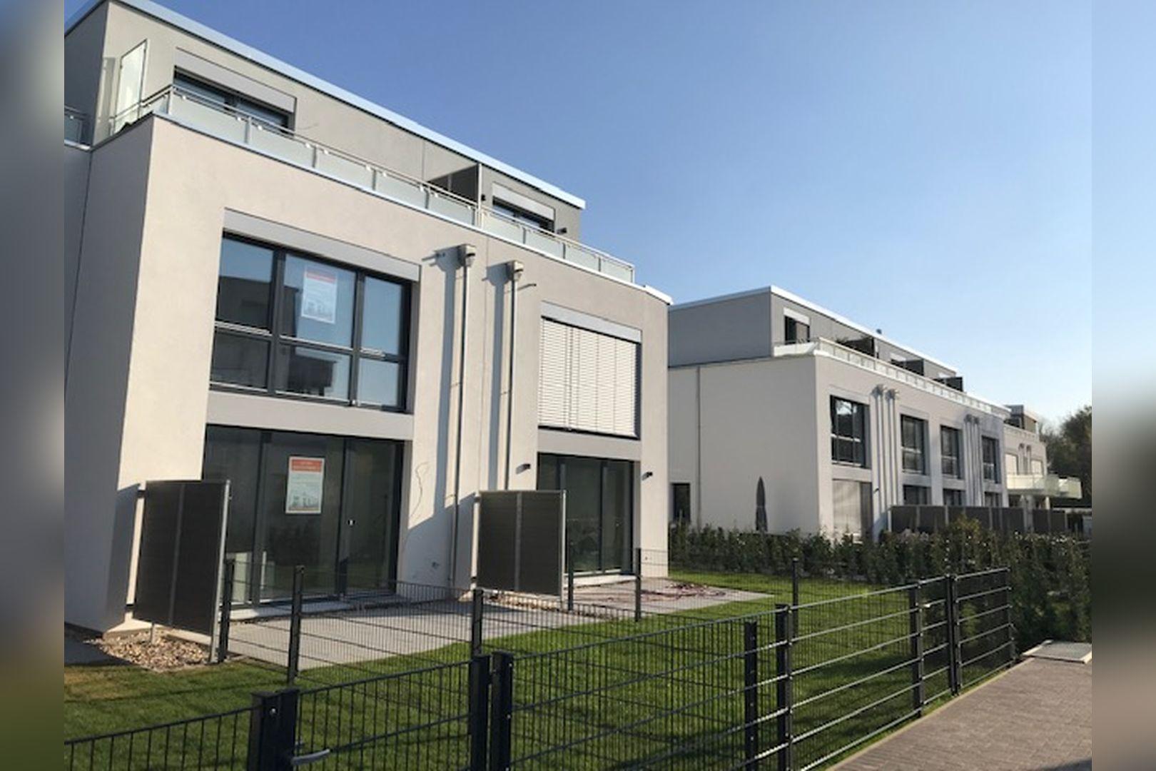 Immobilie Nr.BÖ-11 - BÖ-11; Reihenmittelhaus mit Terrasse, Garten und 2 TG-Stellplätzen - Bild 11.jpg
