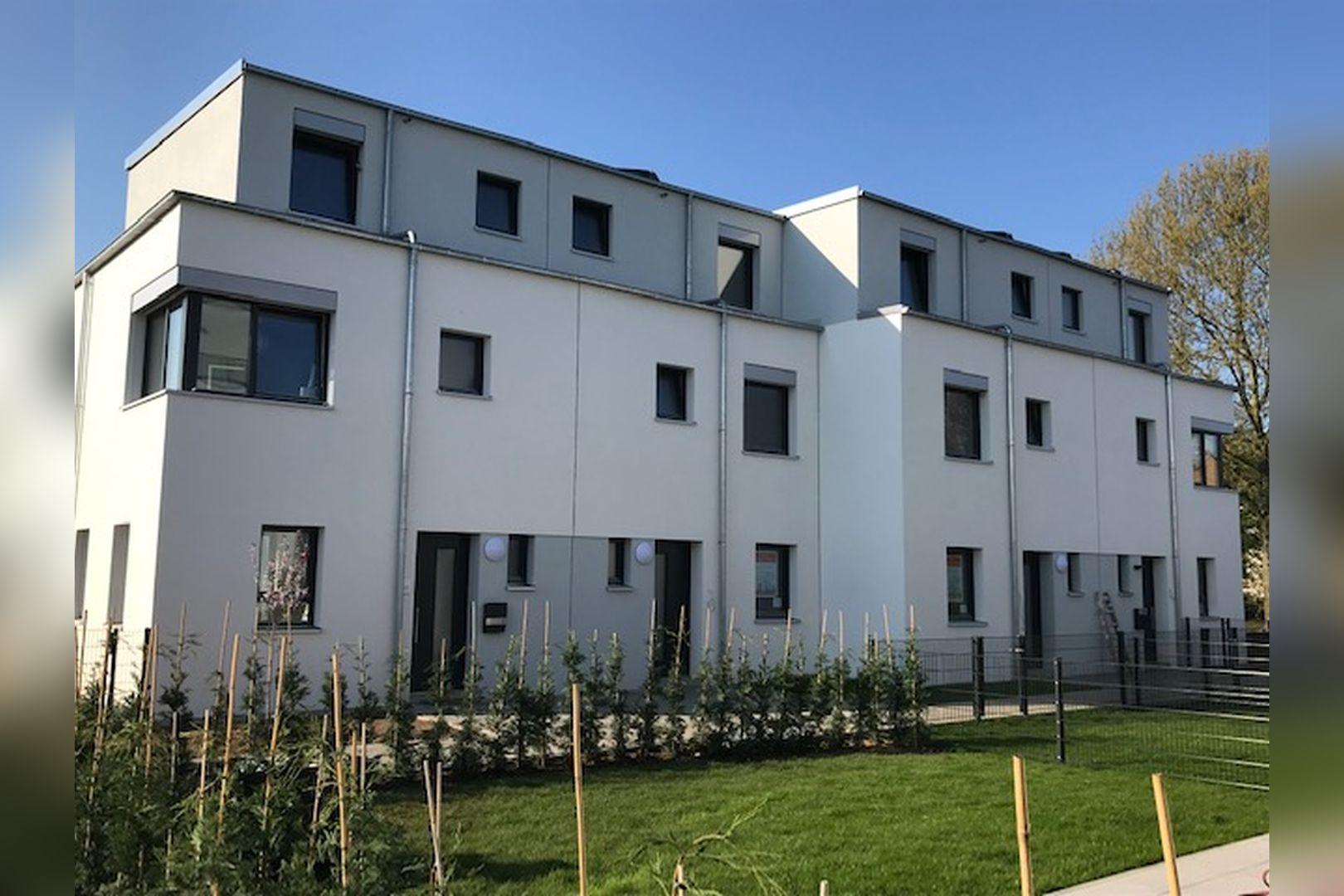 Immobilie Nr.BÖ-11 - BÖ-11; Reihenmittelhaus mit Terrasse, Garten und 2 TG-Stellplätzen - Bild 12.jpg