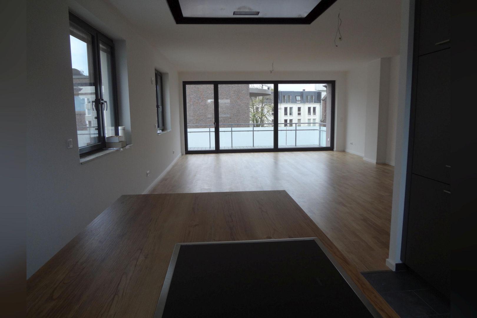 Immobilie Nr.0285 - 3-Zimmer-Maisonettewohnung mit Dachterrasse und TG-Stellplatz - Bild 7.jpg