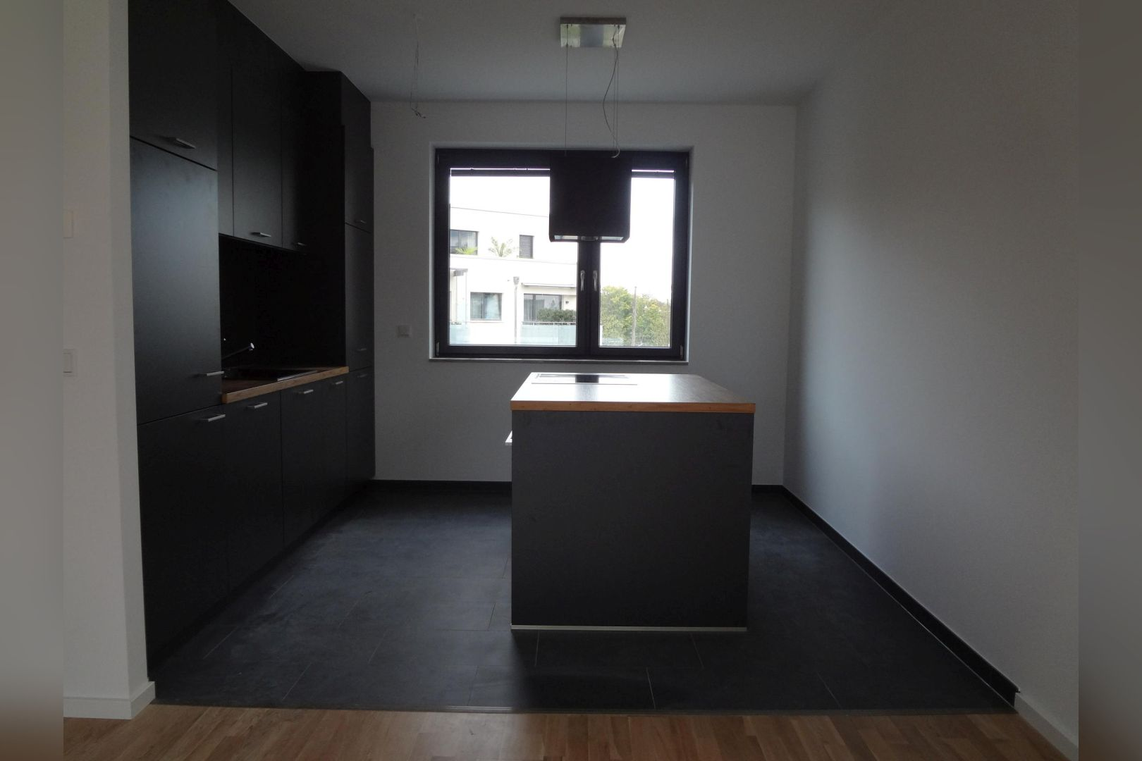 Immobilie Nr.0285 - 3-Zimmer-Maisonettewohnung mit Dachterrasse und TG-Stellplatz - Bild 8.jpg