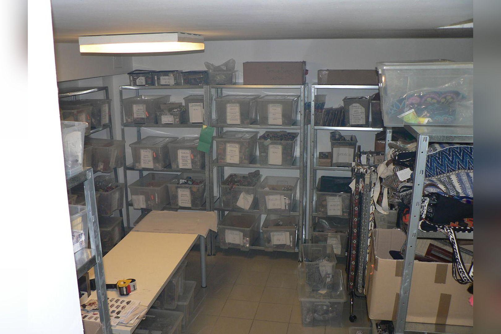 Immobilie Nr.0229 - Ladenlokal mit Lagerflächen, Teeküche, WC-Anlage u. Stellplatz - Bild 15.jpg