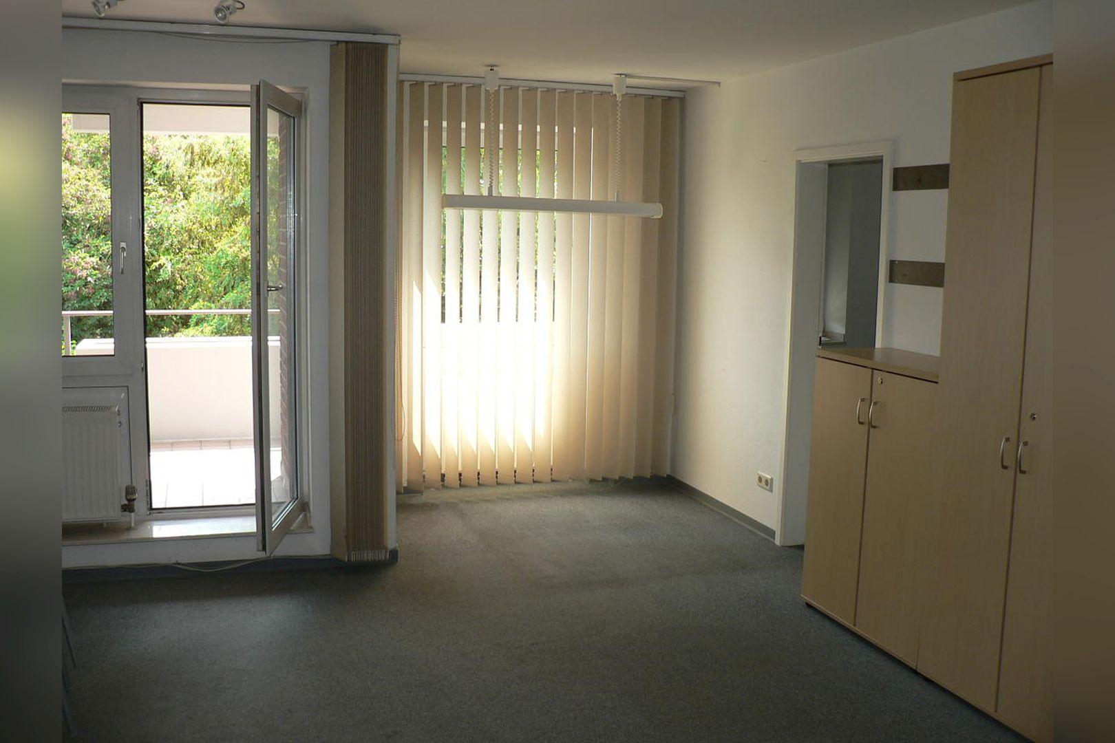 Immobilie Nr.0234 - 1 - Raum - Bürofläche mit Aktenkeller und Balkon - Bild 10.jpg