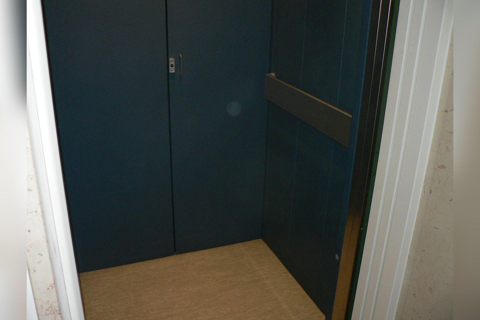 Immobilie Nr.0234 - 1 - Raum - Bürofläche mit Aktenkeller und Balkon - Bild 13.jpg