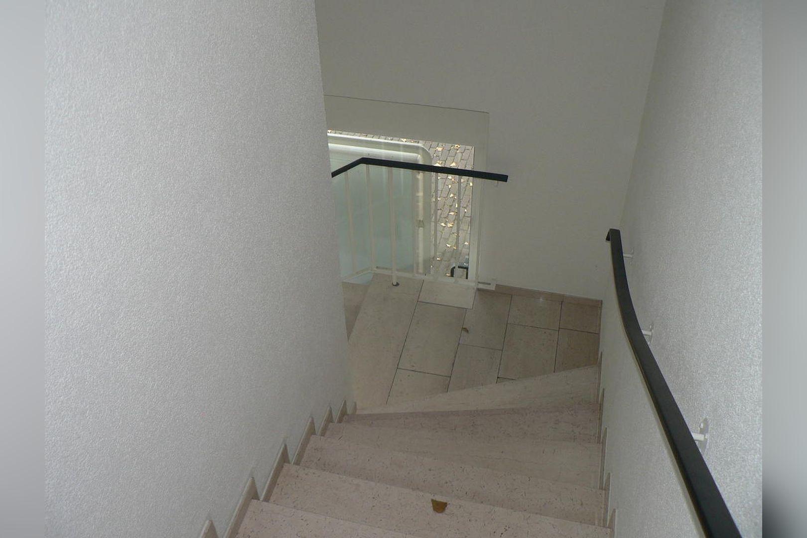 Immobilie Nr.0234 - 1 - Raum - Bürofläche mit Aktenkeller und Balkon - Bild 14.jpg