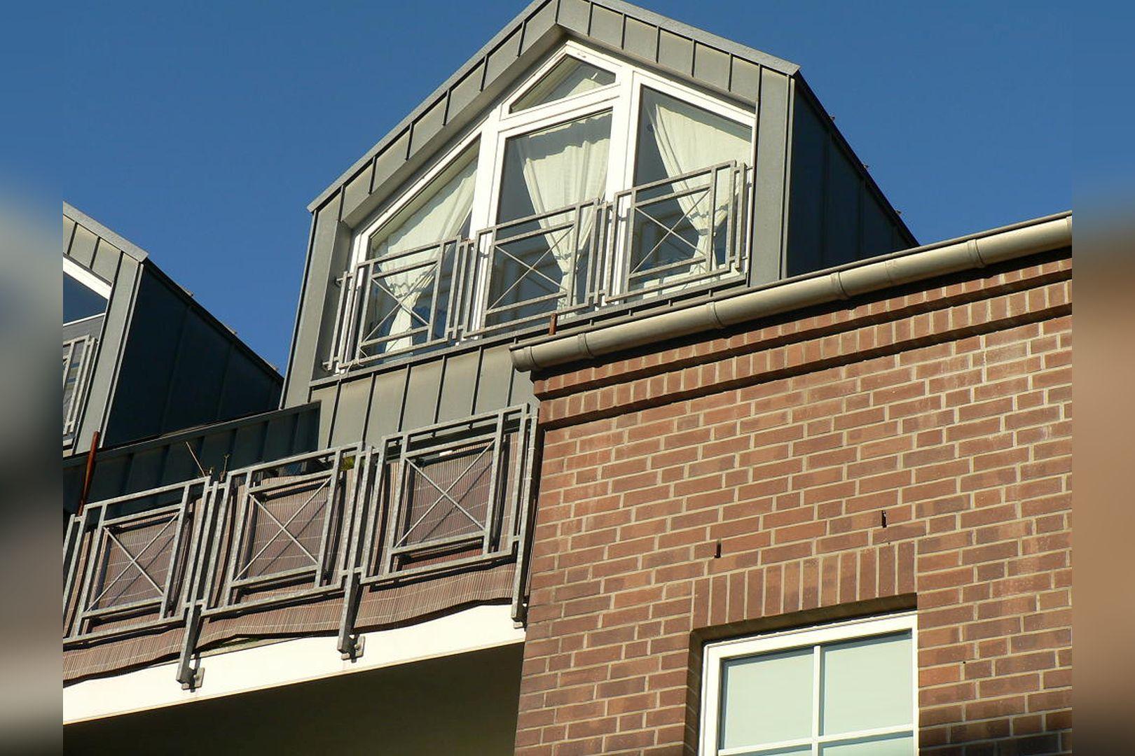 Immobilie Nr.0299 - 3-Zimmer-Wohnung über 2 Ebenen mit Balkon - Bild 2.jpg