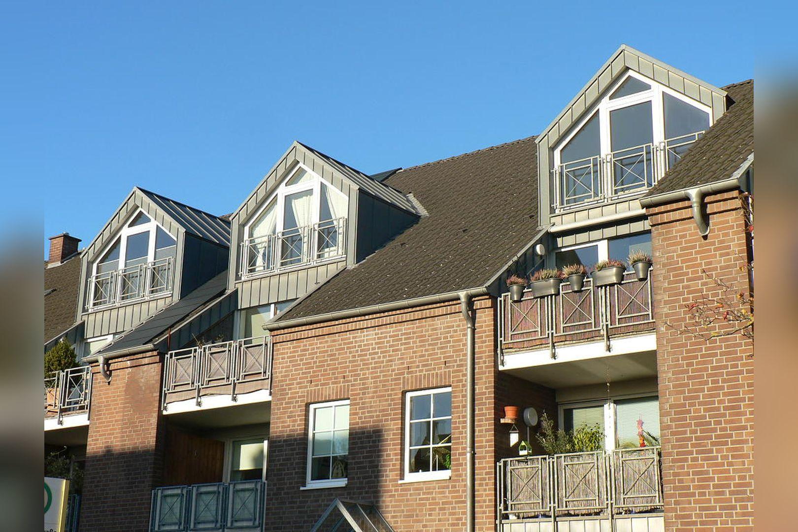 Immobilie Nr.0299 - 3-Zimmer-Wohnung über 2 Ebenen mit Balkon - Bild 3.jpg