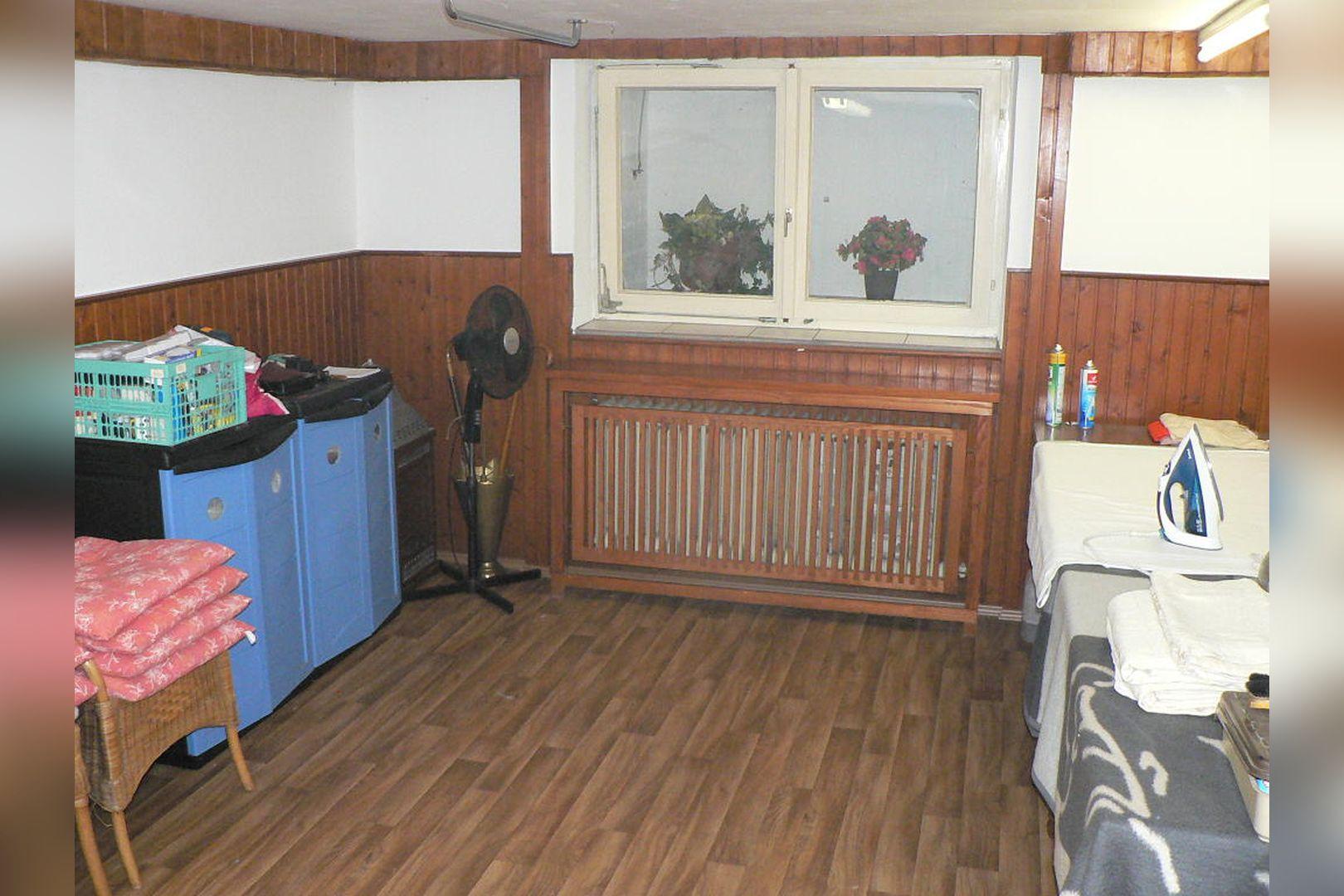 Immobilie Nr.0243 - Reihenendhaus 2-geschossig mit Vollkeller und Garage  - Bild 17.jpg