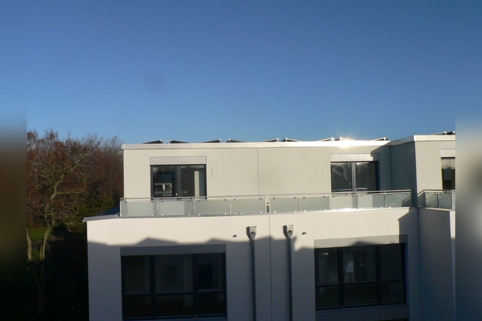 Immobilie Nr.0224 - Reihenendhaus mit kl. Garten u. 2 TG-Plätzen - Bild 15.jpg