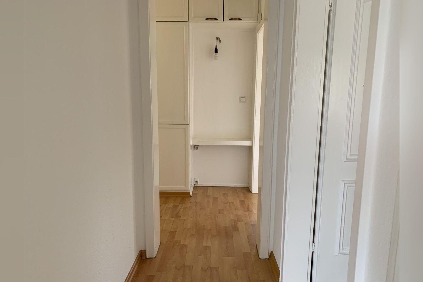 Immobilie Nr.0286 - 2,5 Zimmer Wohnung mit großem Balkon. - Bild 10.jpg