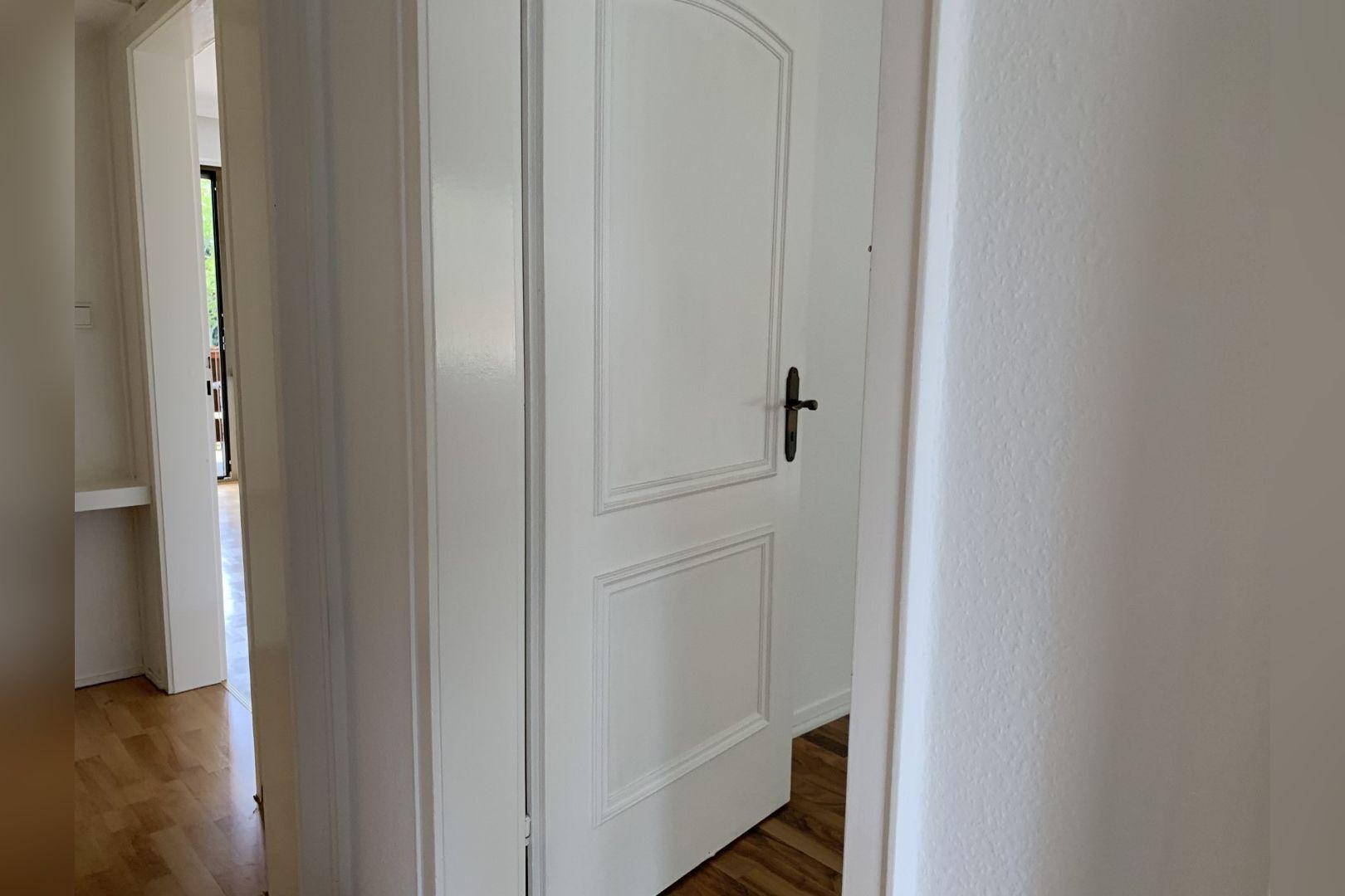 Immobilie Nr.0286 - 2,5 Zimmer Wohnung mit großem Balkon. - Bild 3.jpg