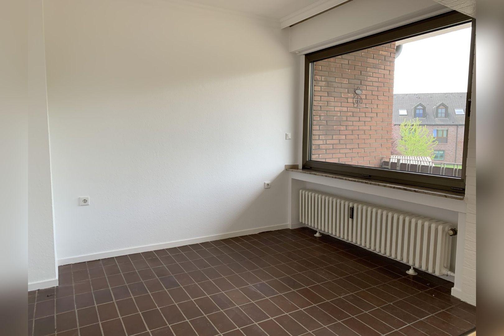 Immobilie Nr.0286 - 2,5 Zimmer Wohnung mit großem Balkon. - Bild 5.jpg