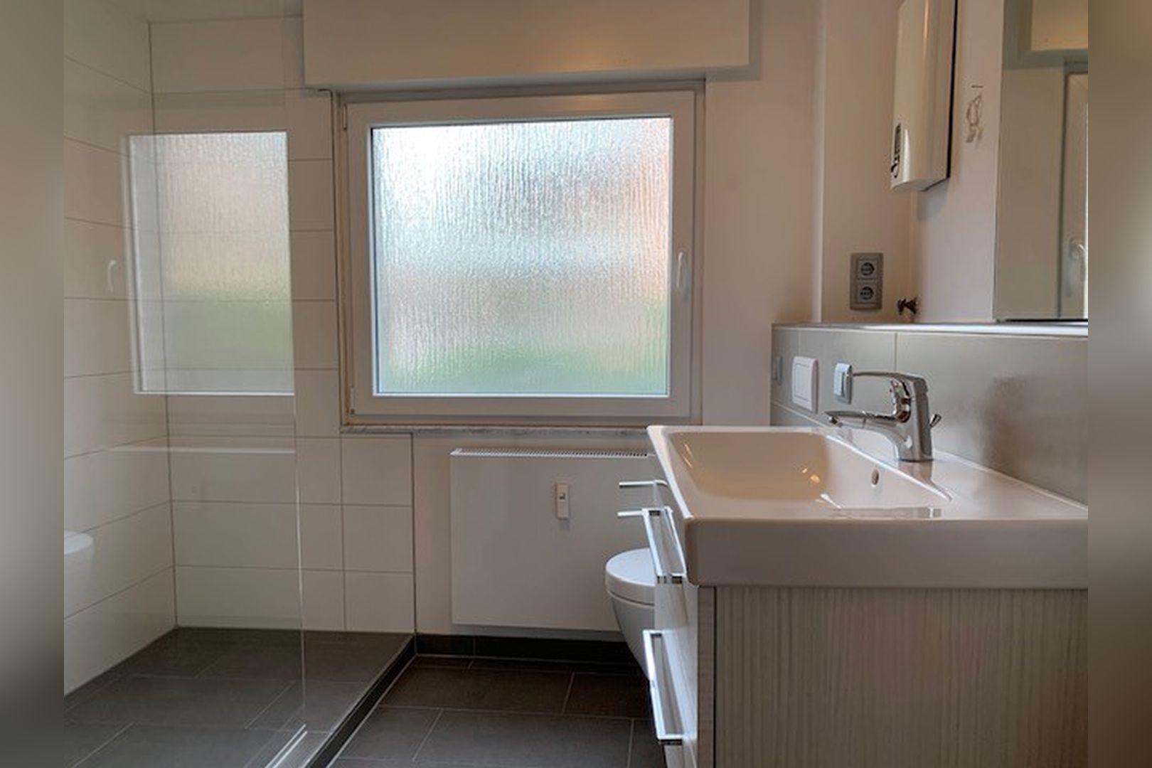 Immobilie Nr.0247 - Maisonette-Whg. über EG u. Sout. mit Loggia u. Garage  - Bild 13.jpg