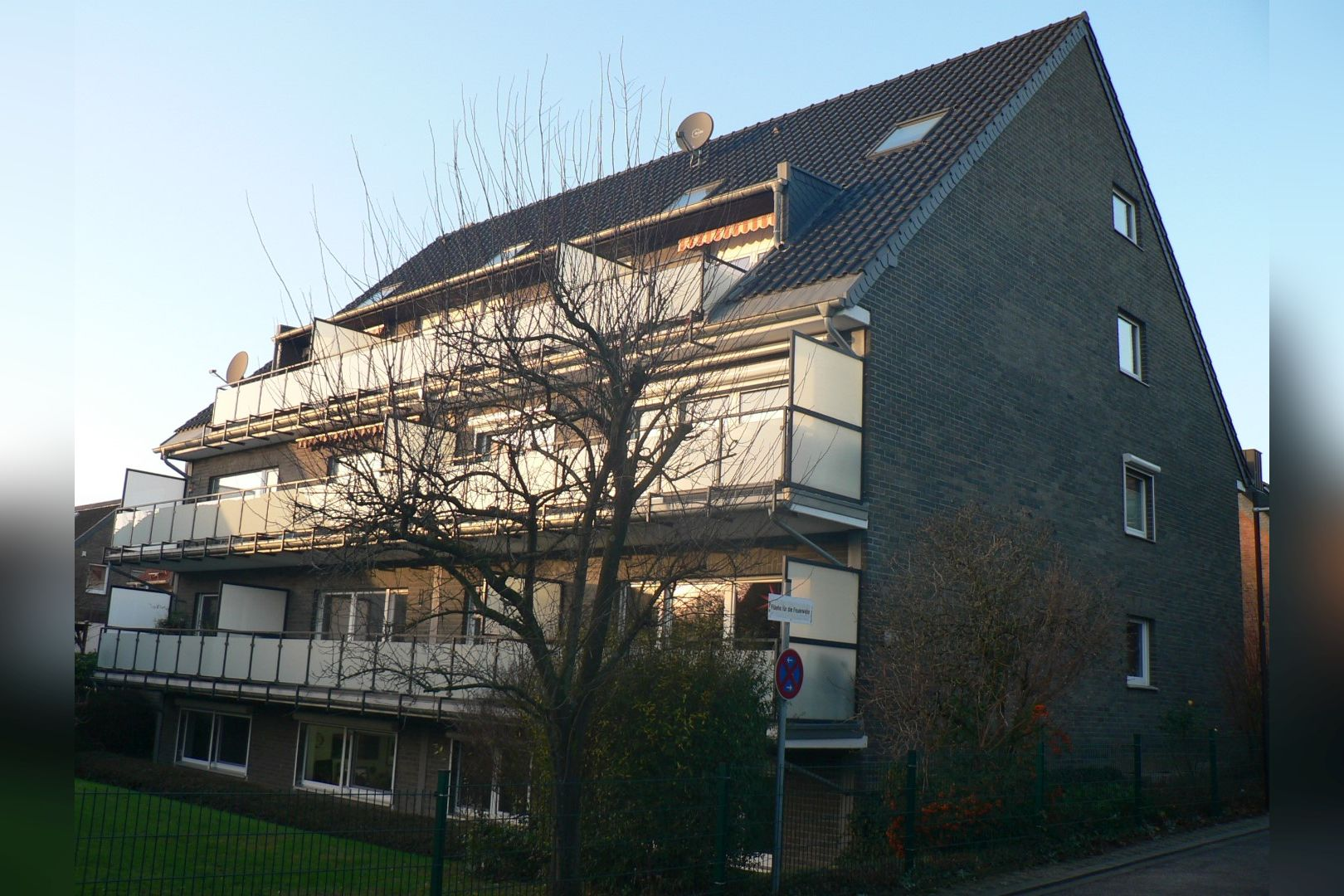 Immobilie Nr.0247 - Maisonette-Whg. über EG u. Sout. mit Loggia u. Garage  - Bild 17.jpg