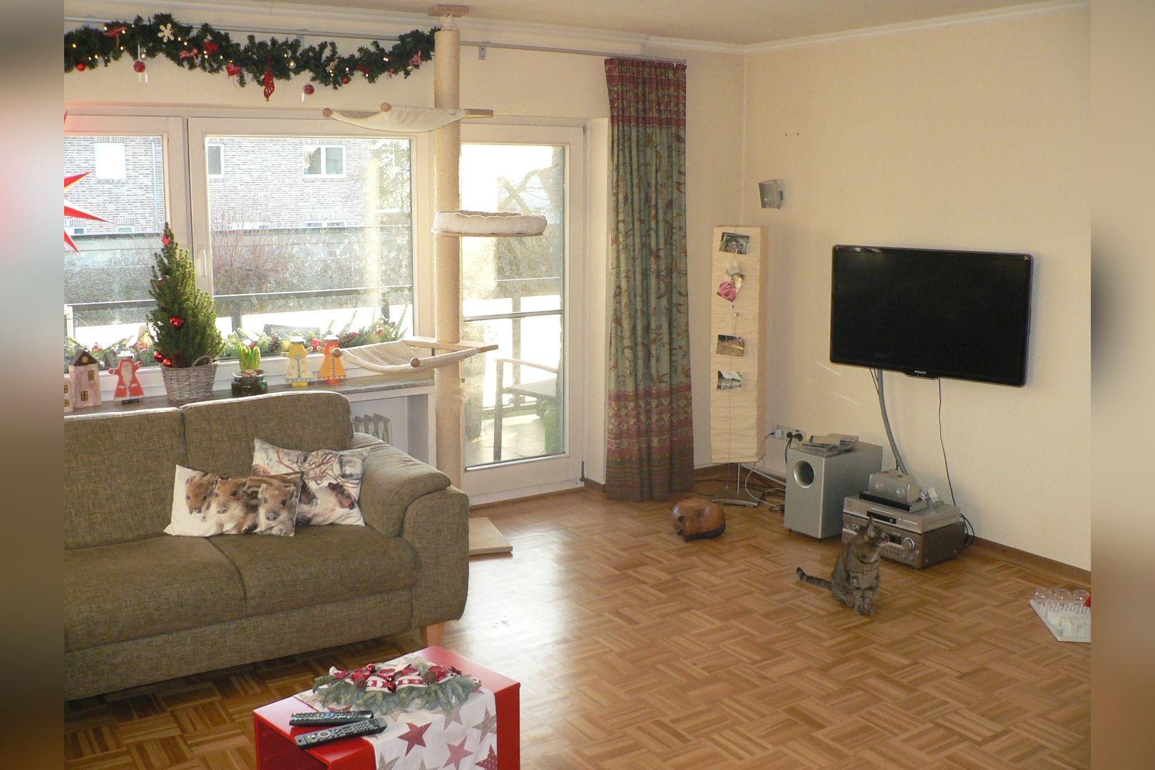 Immobilie Nr.0247 - Maisonette-Whg. über EG u. Sout. mit Loggia u. Garage  - Bild 3.jpg