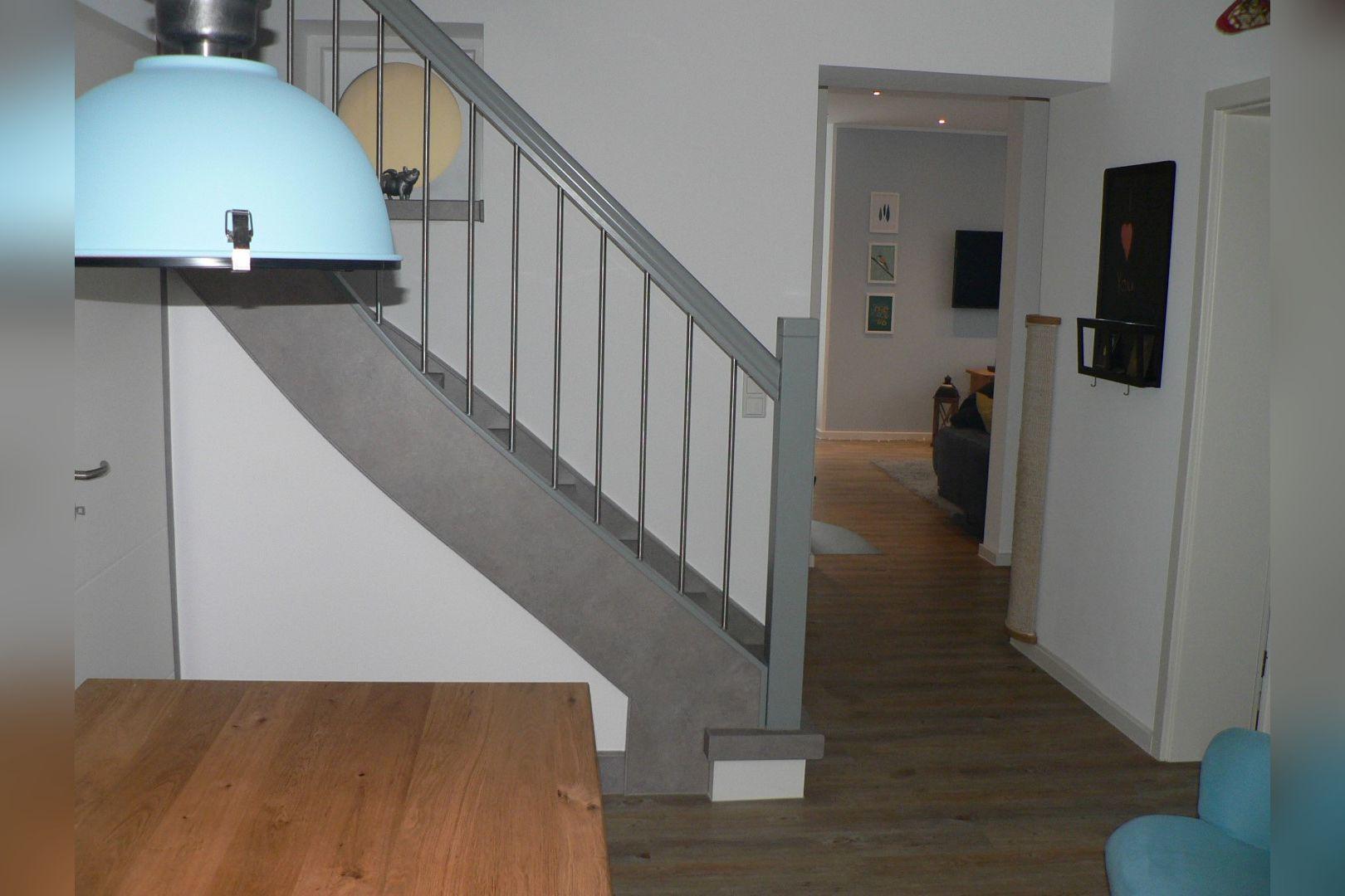 Immobilie Nr.0248 - Doppelhaushälfte mit eingeschossigem Anbau, Garten & Dachterrasse - Bild 8.jpg