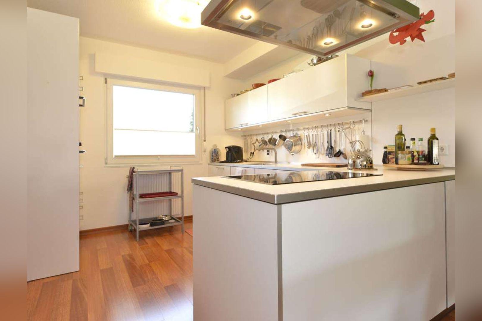 Immobilie Nr.0254 - Doppelhaushälfte rechtsbündig mit Garage & Carport  - Bild 10.jpg