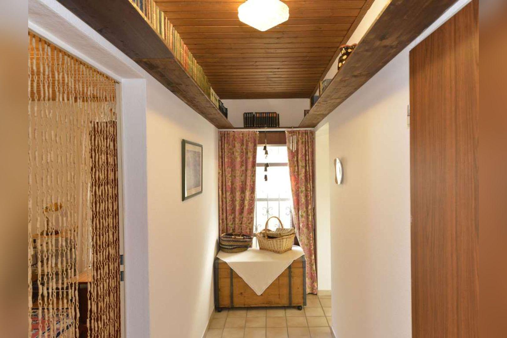 Immobilie Nr.0254 - Doppelhaushälfte rechtsbündig mit Garage & Carport  - Bild 16.jpg
