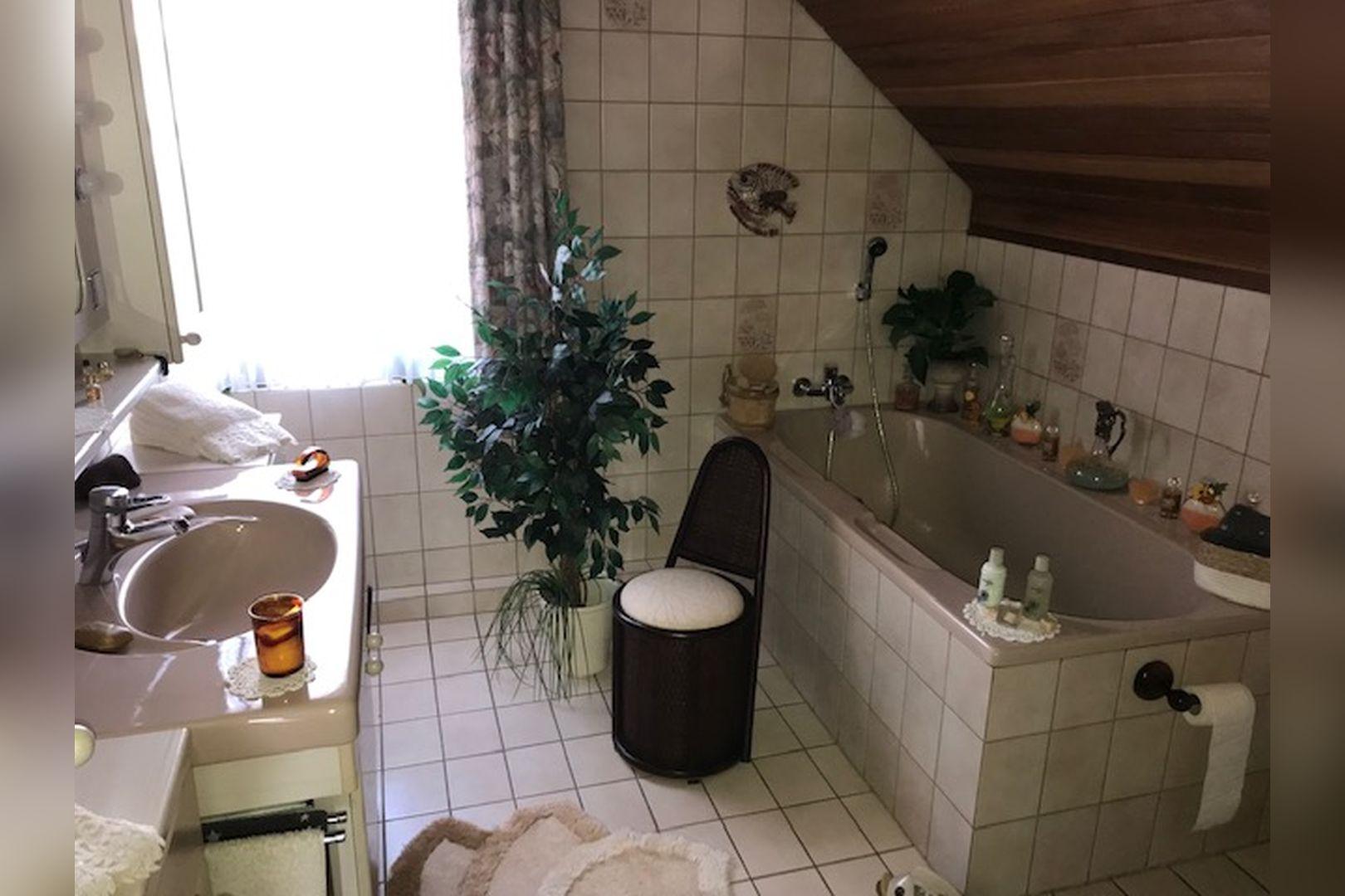Immobilie Nr.0259 - Freistehendes EFH mit Vollkeller und Garage - Bild 17.jpg
