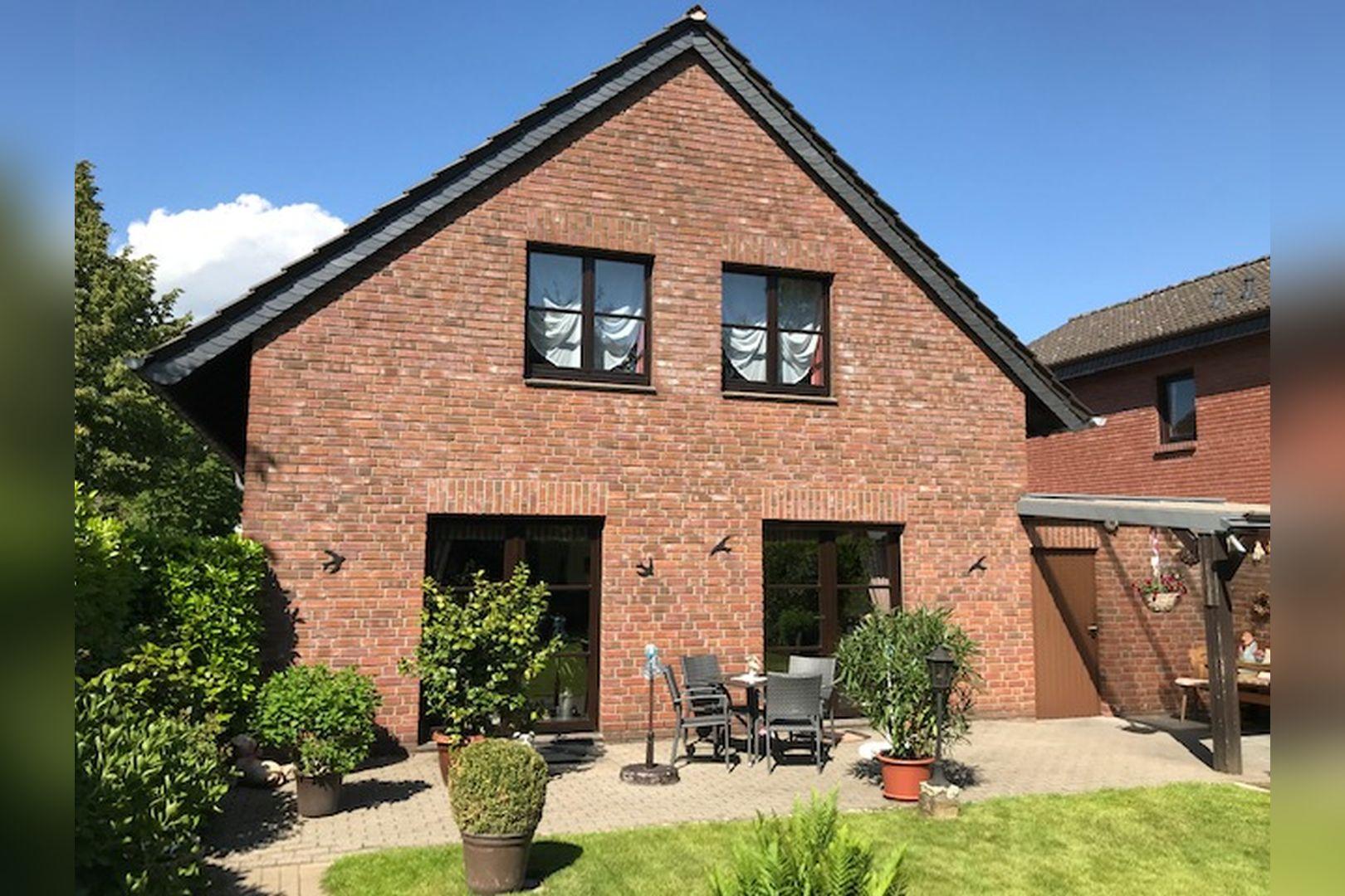 Immobilie Nr.0259 - Freistehendes EFH mit Vollkeller und Garage - Bild 2.jpg