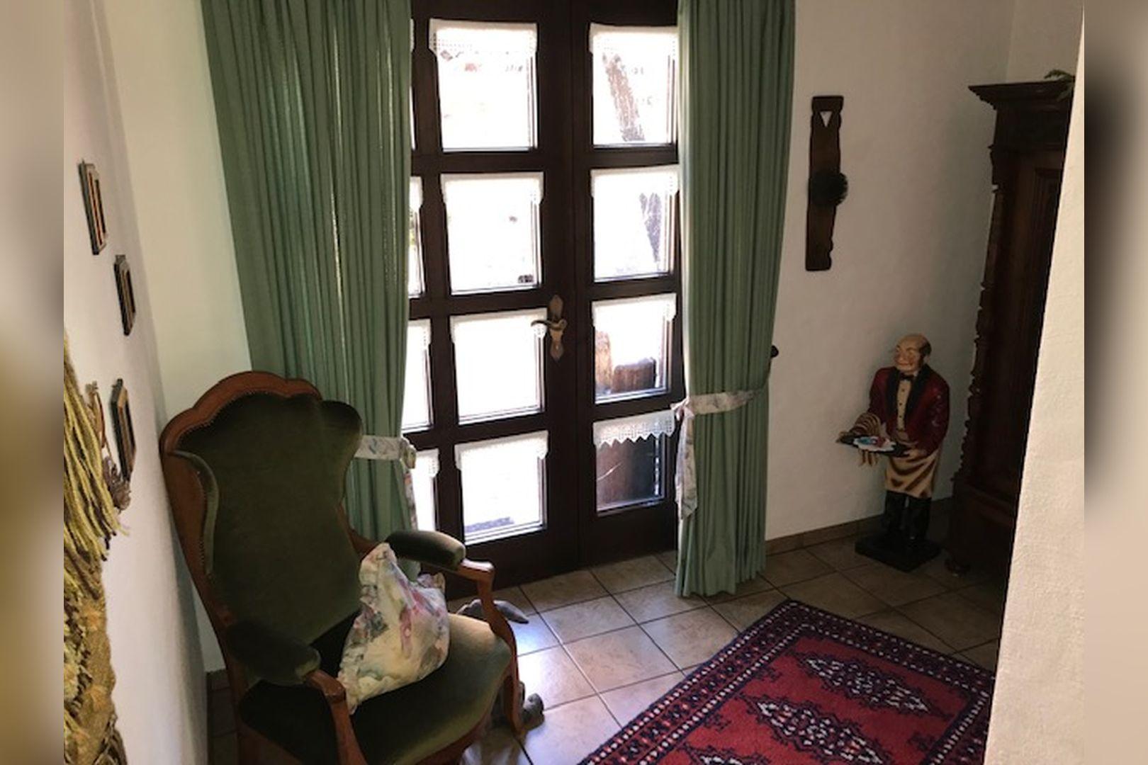 Immobilie Nr.0259 - Freistehendes EFH mit Vollkeller und Garage - Bild 6.jpg