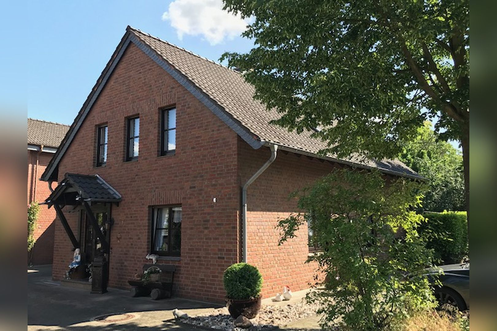 Immobilie Nr.0259 - Freistehendes EFH mit Vollkeller und Garage - Bild main.jpg