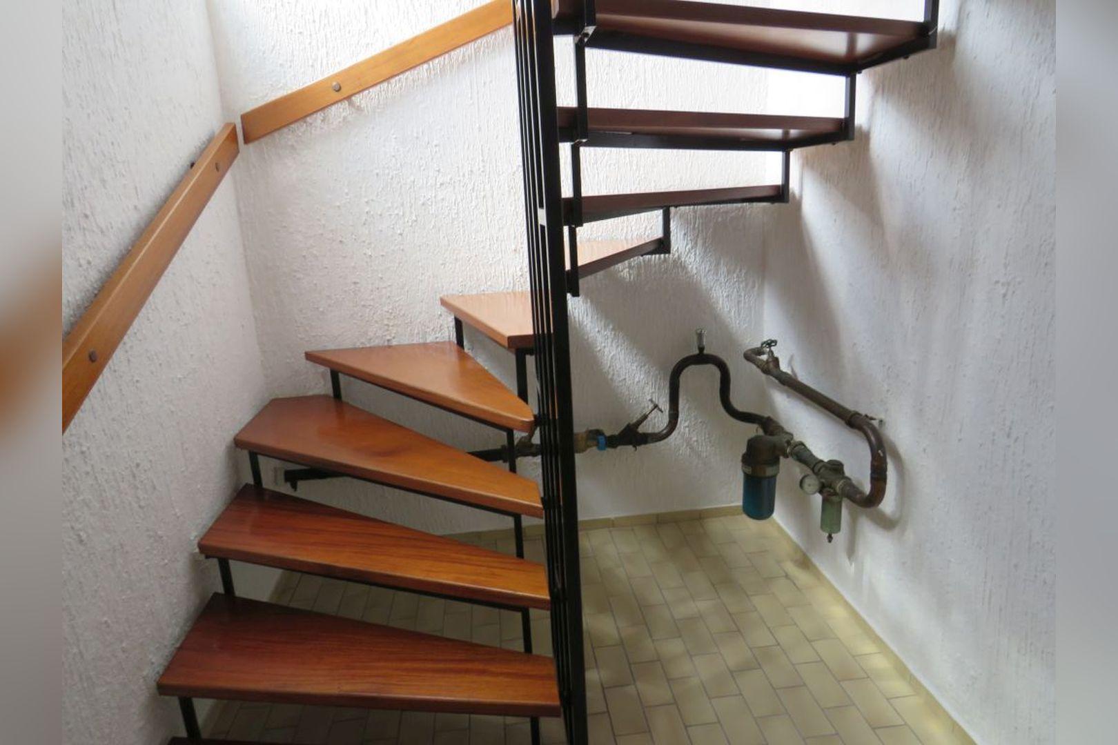 Immobilie Nr.0260 - Einfamilienhaus, zum 2-FH erweiterbar. Spitzboden als zusätzl. Ausbaureserve - Bild 10.jpg