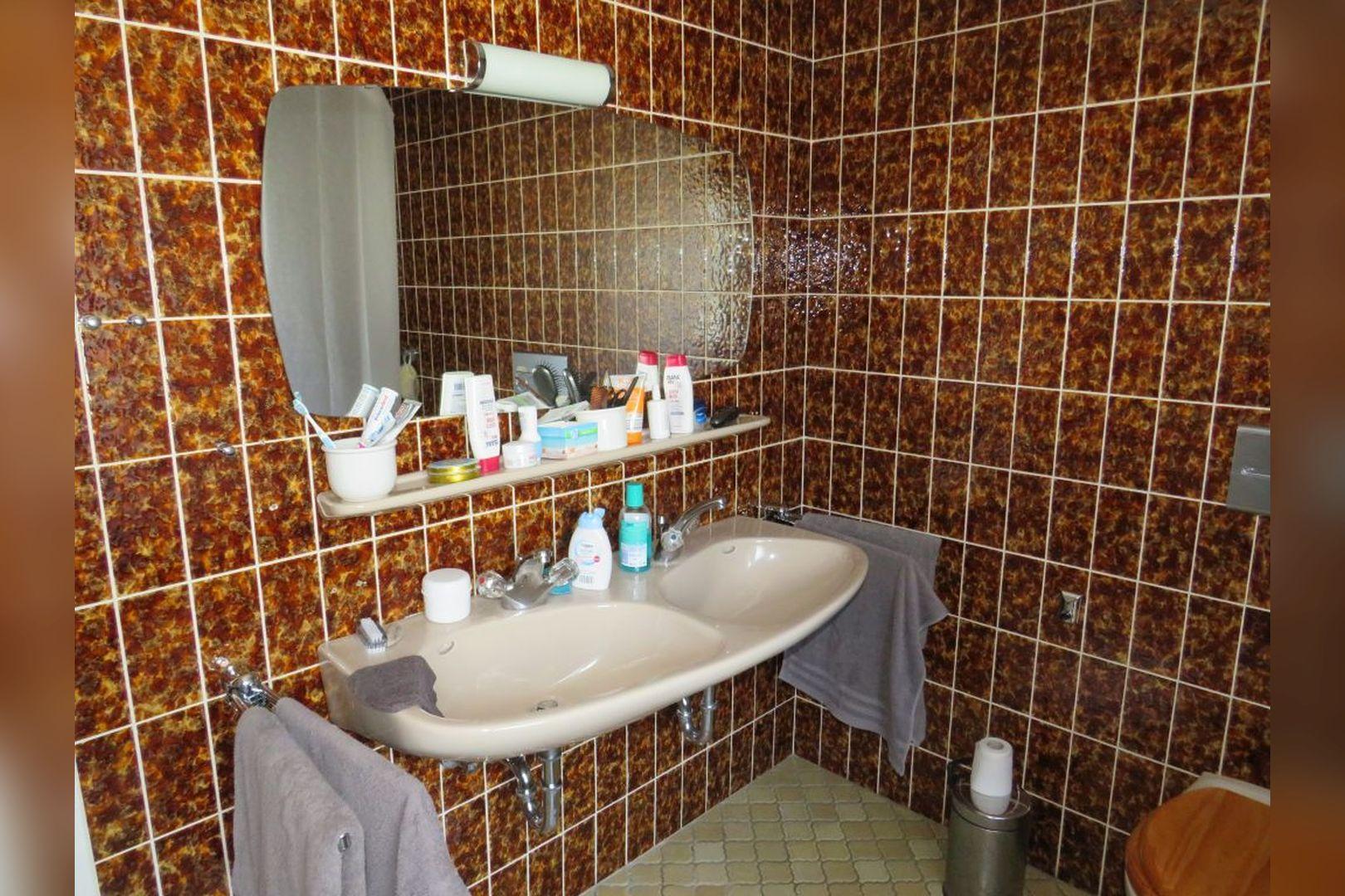 Immobilie Nr.0260 - Einfamilienhaus, zum 2-FH erweiterbar. Spitzboden als zusätzl. Ausbaureserve - Bild 11.jpg