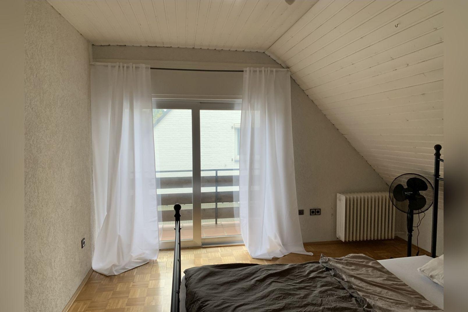 Immobilie Nr.0260 - Einfamilienhaus, zum 2-FH erweiterbar. Spitzboden als zusätzl. Ausbaureserve - Bild 12.jpg