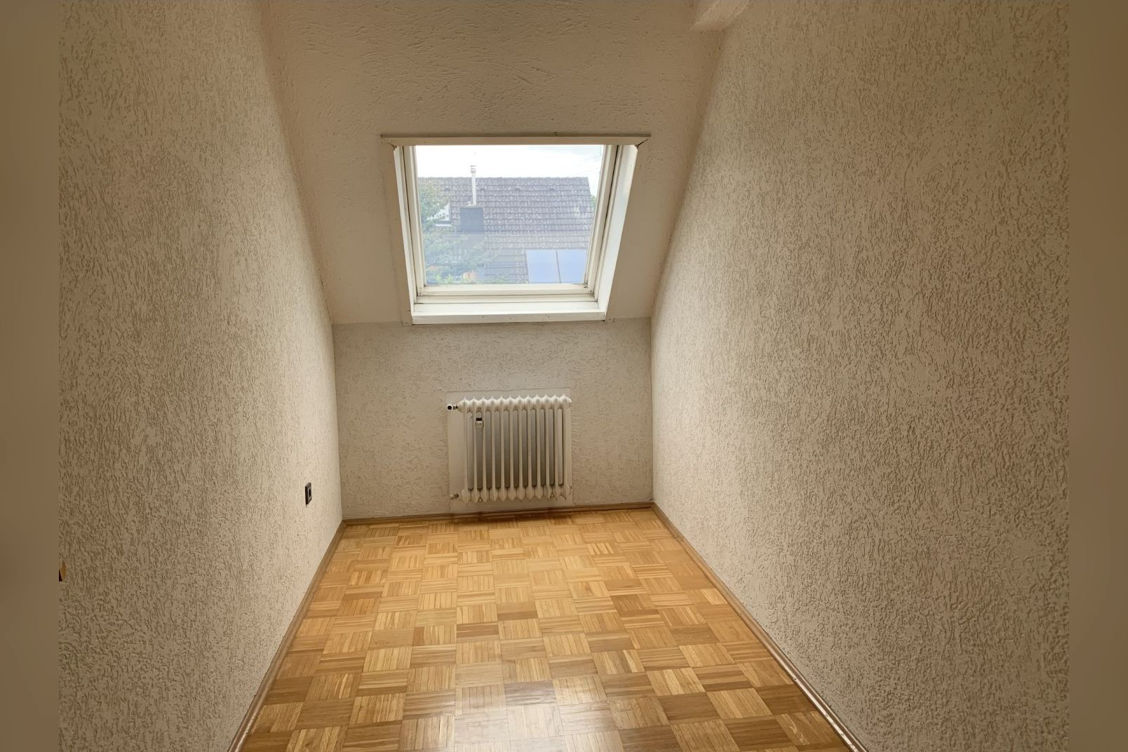 Immobilie Nr.0260 - Einfamilienhaus, zum 2-FH erweiterbar. Spitzboden als zusätzl. Ausbaureserve - Bild 14.jpg
