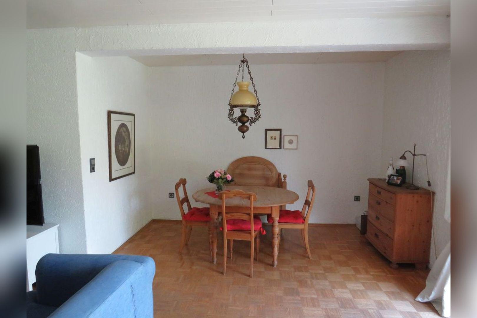 Immobilie Nr.0260 - Einfamilienhaus, zum 2-FH erweiterbar. Spitzboden als zusätzl. Ausbaureserve - Bild 8.jpg