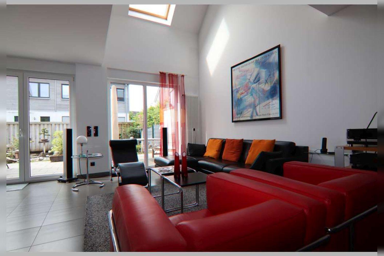 Immobilie Nr.0267 - Doppelhaushälfte mit 4 Zimmern, Küche, Diele, Badzimmer, Gäste-WC, Garten und Garage - nicht unterkellert - Bild 10.jpg