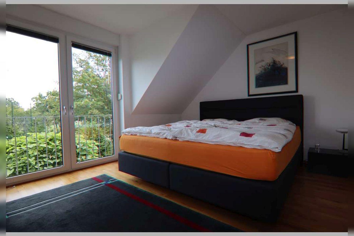 Immobilie Nr.0267 - Doppelhaushälfte mit 4 Zimmern, Küche, Diele, Badzimmer, Gäste-WC, Garten und Garage - nicht unterkellert - Bild 15.jpg