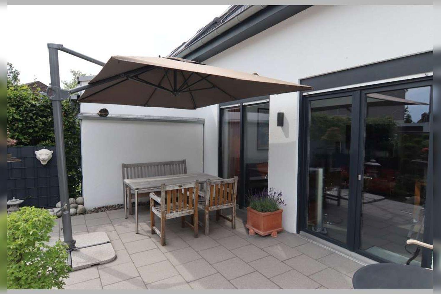 Immobilie Nr.0267 - Doppelhaushälfte mit 4 Zimmern, Küche, Diele, Badzimmer, Gäste-WC, Garten und Garage - nicht unterkellert - Bild 5.jpg