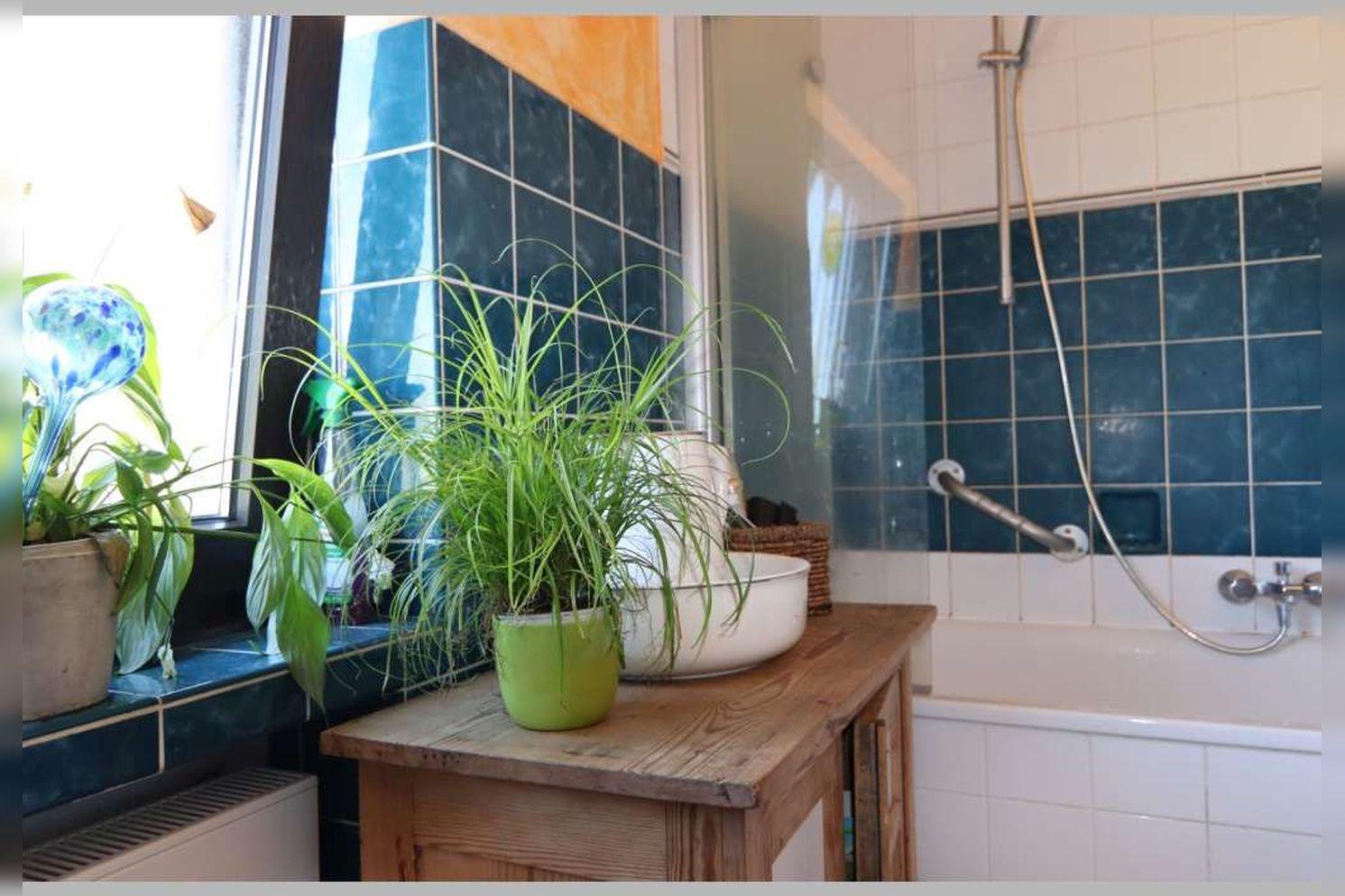 Immobilie Nr.0268 - Reihenmittelhaus mit 4 Zimmern, Küche, Diele, Badezimmer, Gäste-WC, Garten, Garage und Stellplätzen - Bild 17.jpg