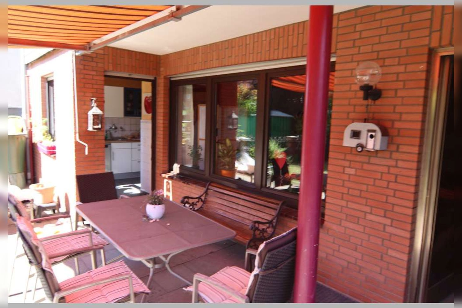 Immobilie Nr.0268 - Reihenmittelhaus mit 4 Zimmern, Küche, Diele, Badezimmer, Gäste-WC, Garten, Garage und Stellplätzen - Bild 4.jpg