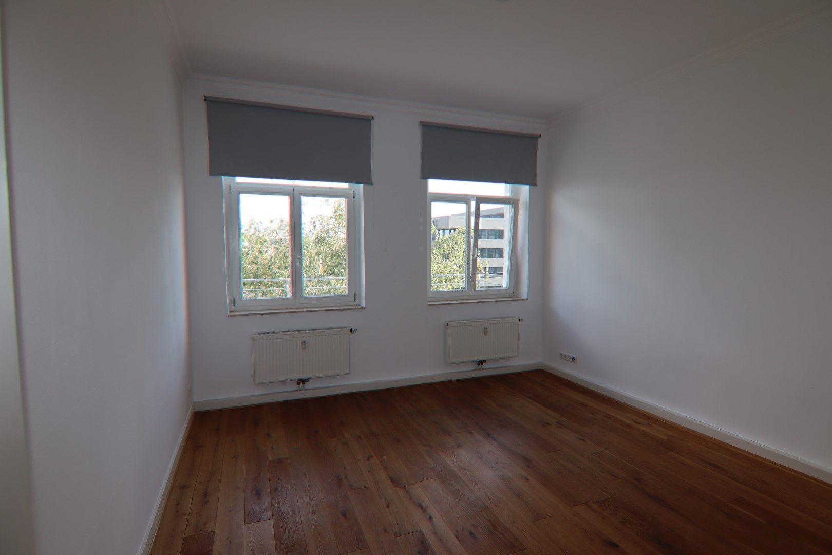 Immobilie Nr.0271 - 3-Zimmer-Altbauwohnung mit Aufzug im 3.OG - Bild 2.jpg