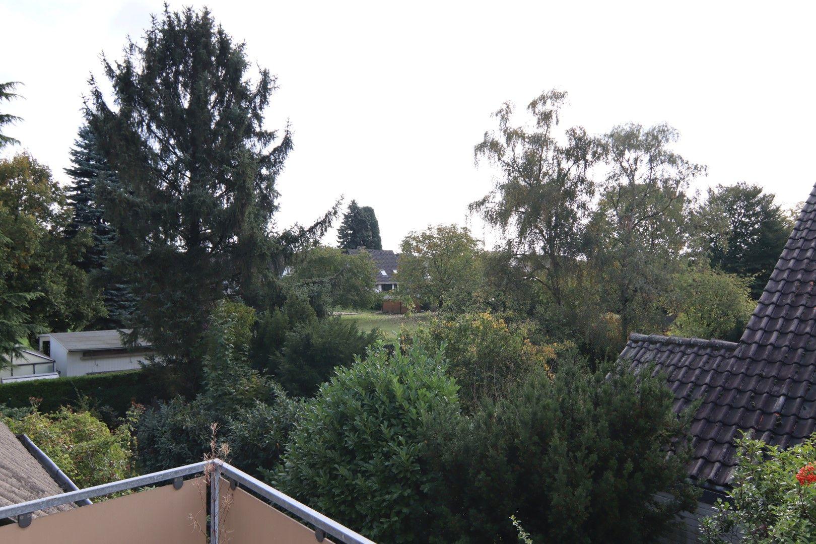 Immobilie Nr.0273 - Doppelhaushälfte in WEG mit Garten & Terrasse - Bild 2.jpg