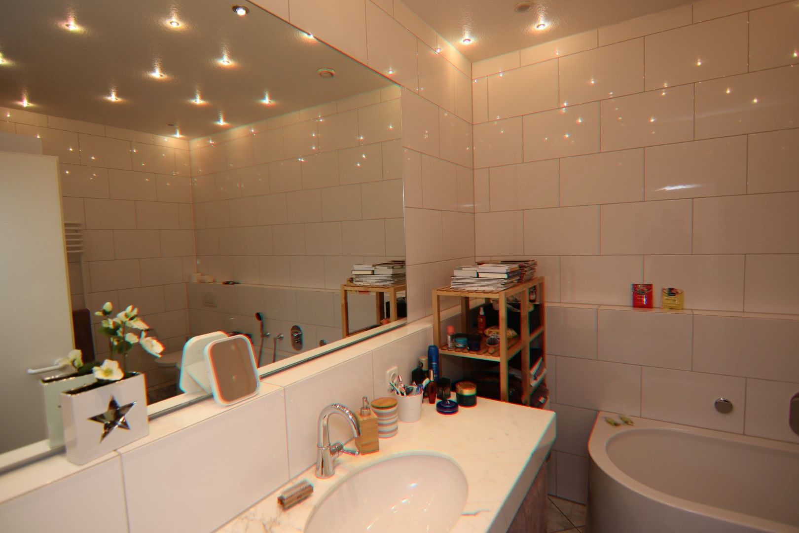 Immobilie Nr.0275 - 4-Raum-Deluxe-Wohnung mit Aufzug, Dachterrasse u. Garage - Bild 15.jpg