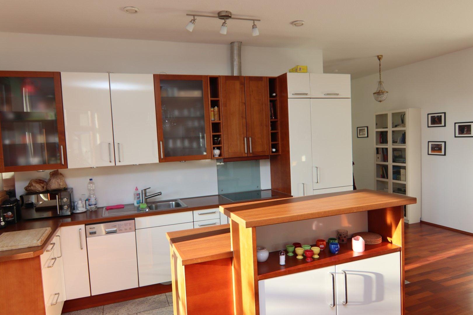 Immobilie Nr.0275 - 4-Raum-Deluxe-Wohnung mit Aufzug, Dachterrasse u. Garage - Bild 4.jpg