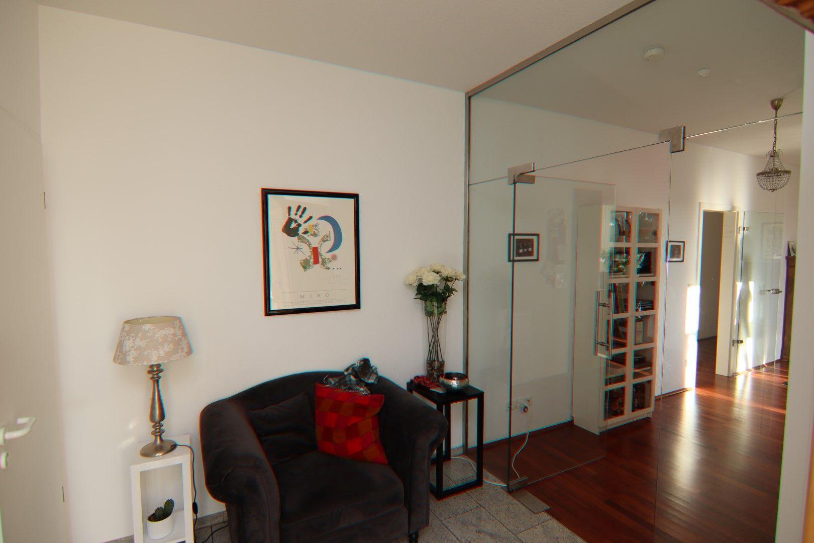 Immobilie Nr.0275 - 4-Raum-Deluxe-Wohnung mit Aufzug, Dachterrasse u. Garage - Bild 8.jpg