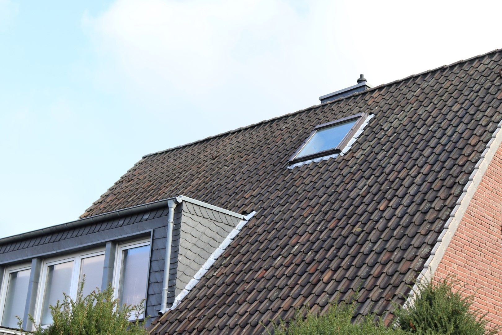 Immobilie Nr.0279 - Freistehendes EFH mit Anbau, Keller und Garage - Bild 12.jpg
