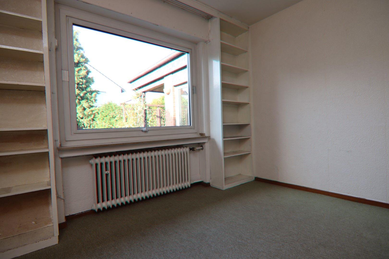 Immobilie Nr.0279 - Freistehendes EFH mit Anbau, Keller und Garage - Bild 2.jpg