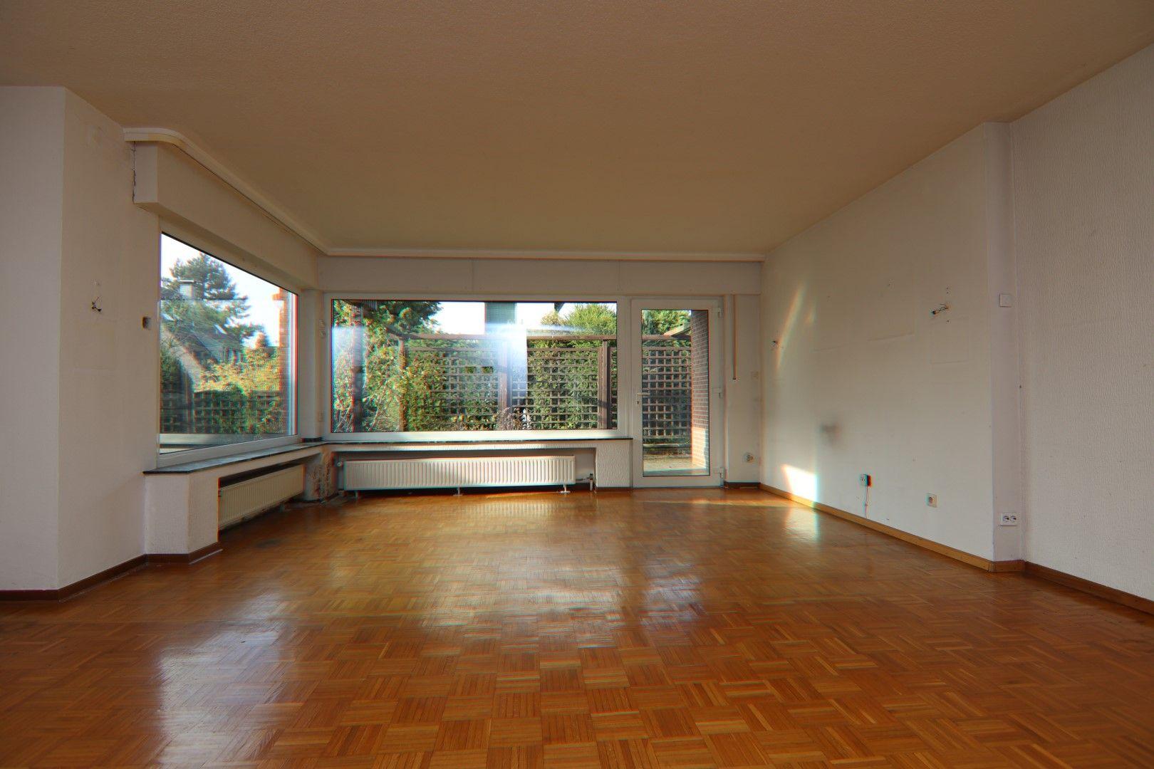 Immobilie Nr.0279 - Freistehendes EFH mit Anbau, Keller und Garage - Bild 4.jpg