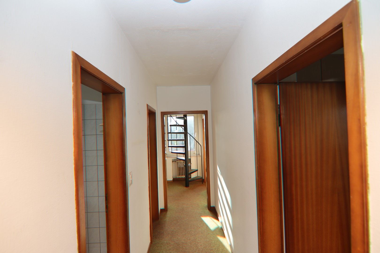 Immobilie Nr.0279 - Freistehendes EFH mit Anbau, Keller und Garage - Bild 9.jpg
