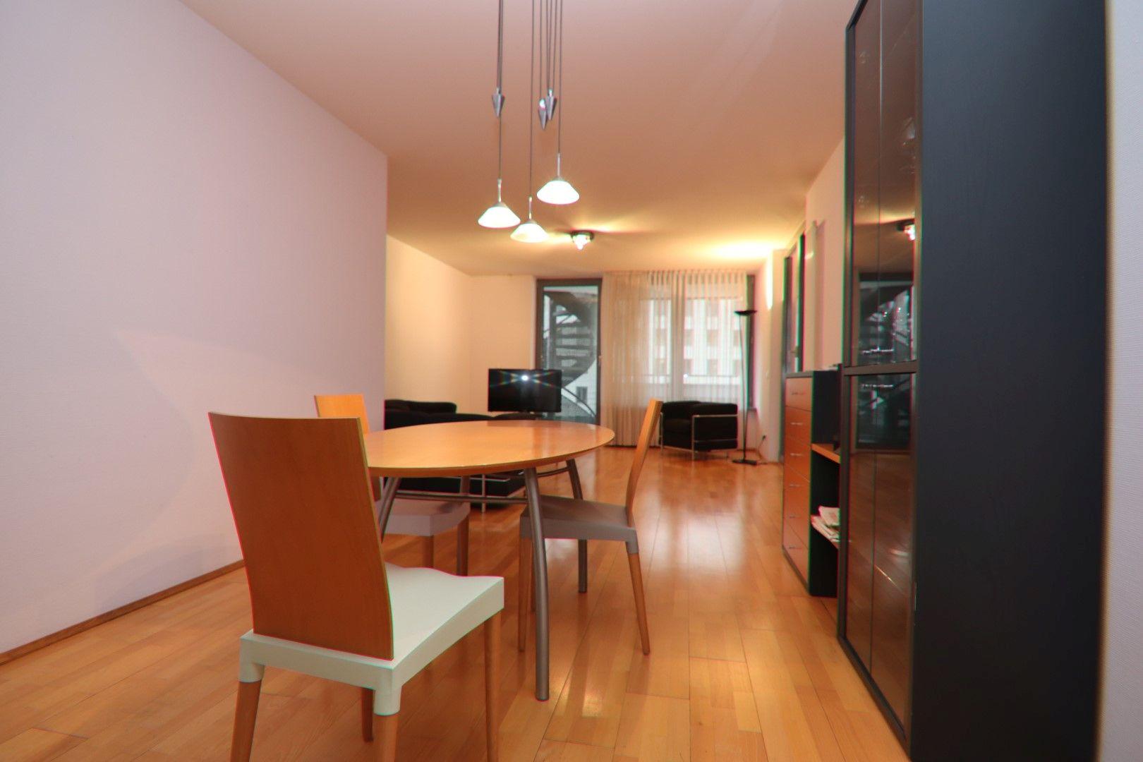 Immobilie Nr.0280 - 2-RAUM-WOHNUNG mit Wintergarten, Stellplatz und Einbauküche  - Bild 3.jpg