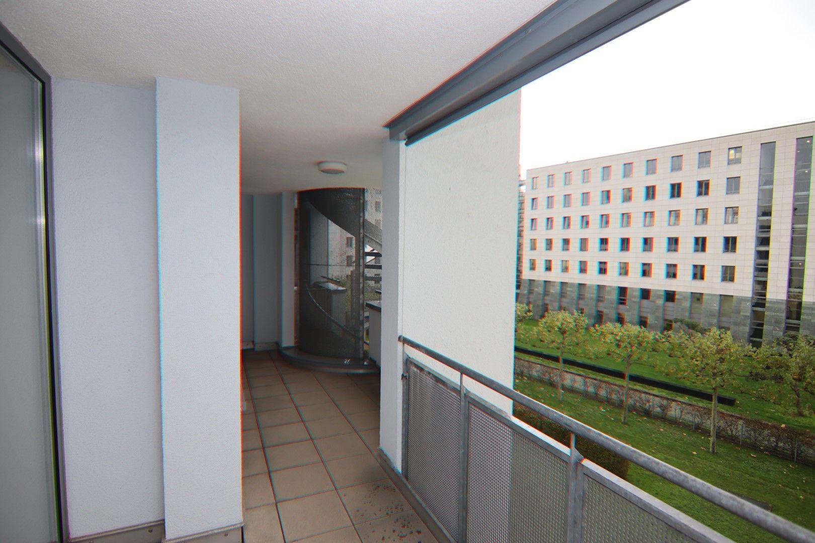 Immobilie Nr.0280 - 2-RAUM-WOHNUNG mit Wintergarten, Stellplatz und Einbauküche  - Bild 6.jpg