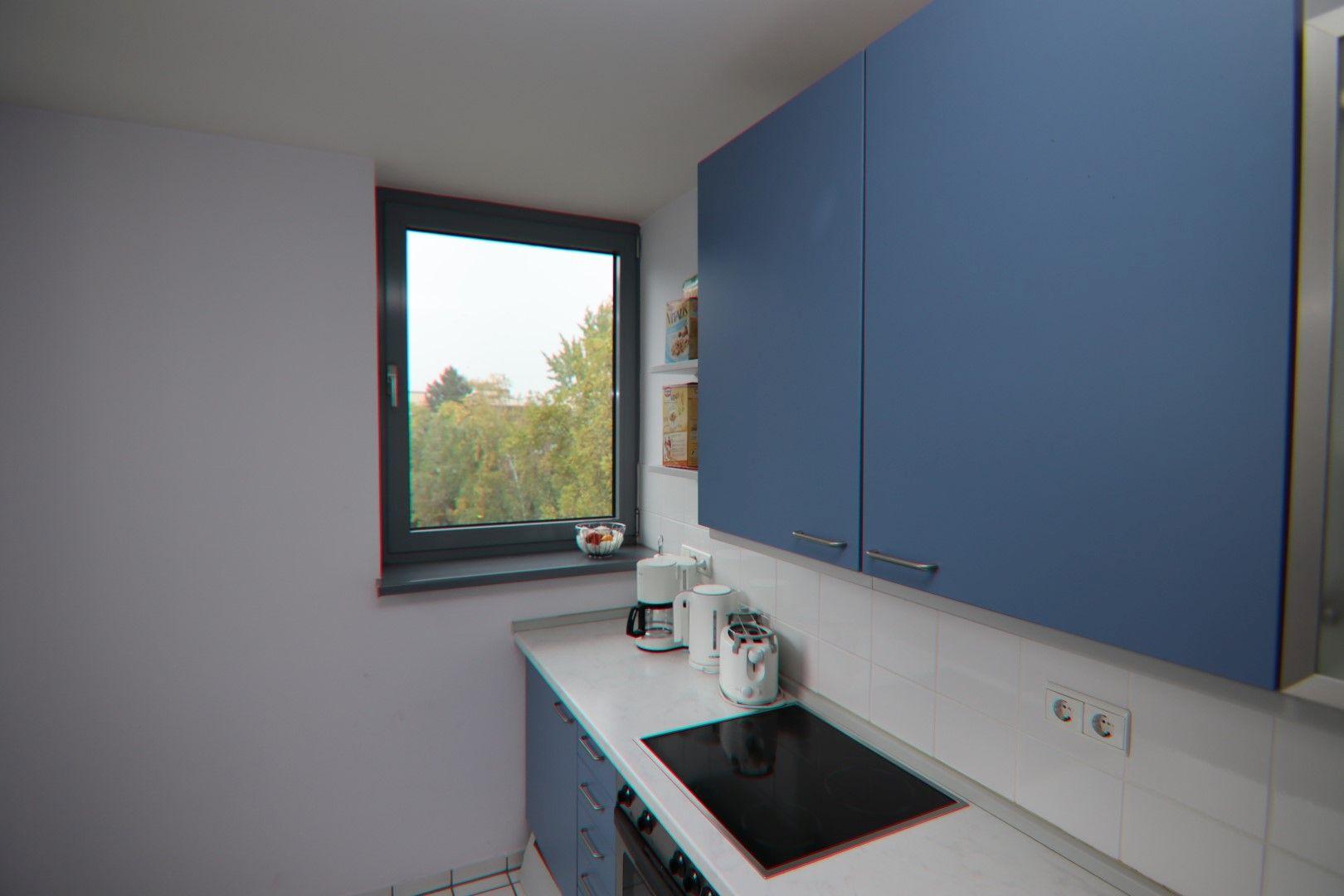 Immobilie Nr.0280 - 2-RAUM-WOHNUNG mit Wintergarten, Stellplatz und Einbauküche  - Bild 8.jpg